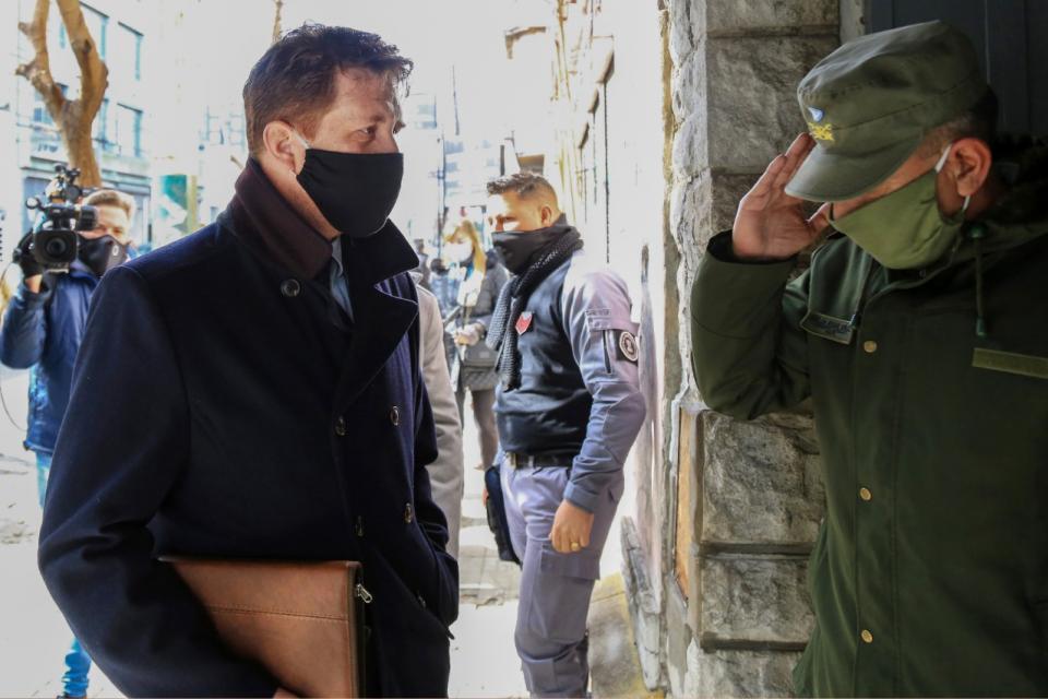 Espionaje ilegal: Alan Ruiz intentó desligarse de los Super Mario Bros