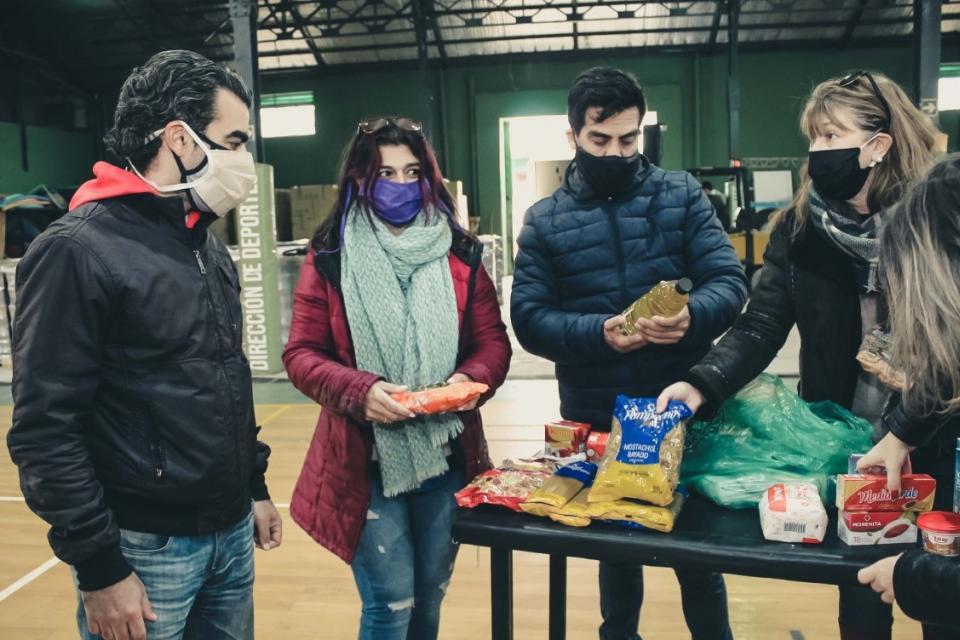 Coronavirus: más alimentos cooperativos llegan a comedores escolares bonaerenses
