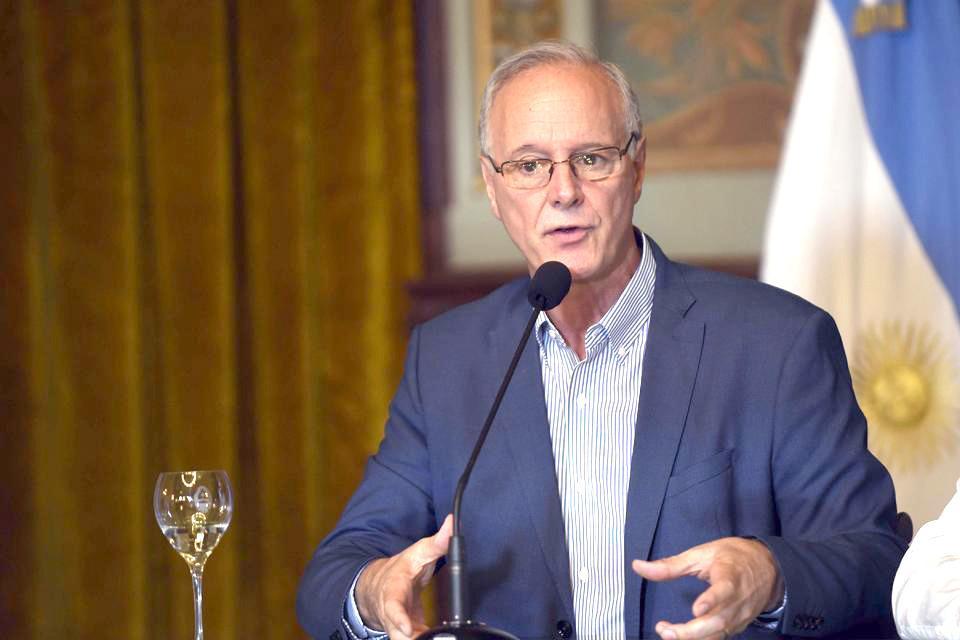 """Daniel Gollán: """"si se libera mucho el AMBA estallan Rosario y Córdoba"""""""