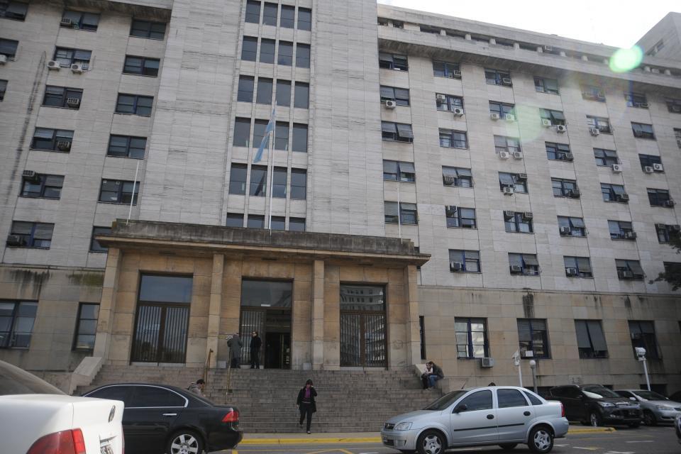 Espionaje ilegal: maniobras para que la causa pase a un juez amigo