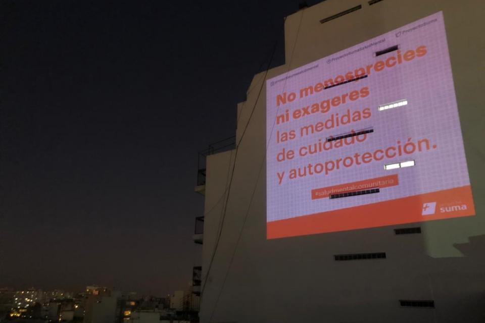 Intervenciones urbanas con una ayudita de los artistas