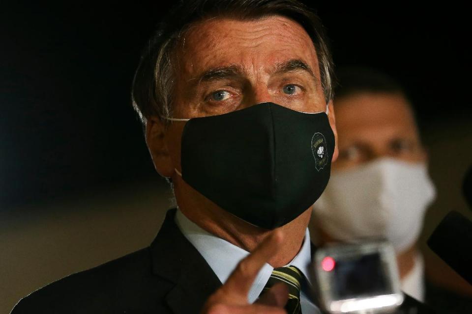 """Jair Bolsonaro tiene """"la gripecita"""""""