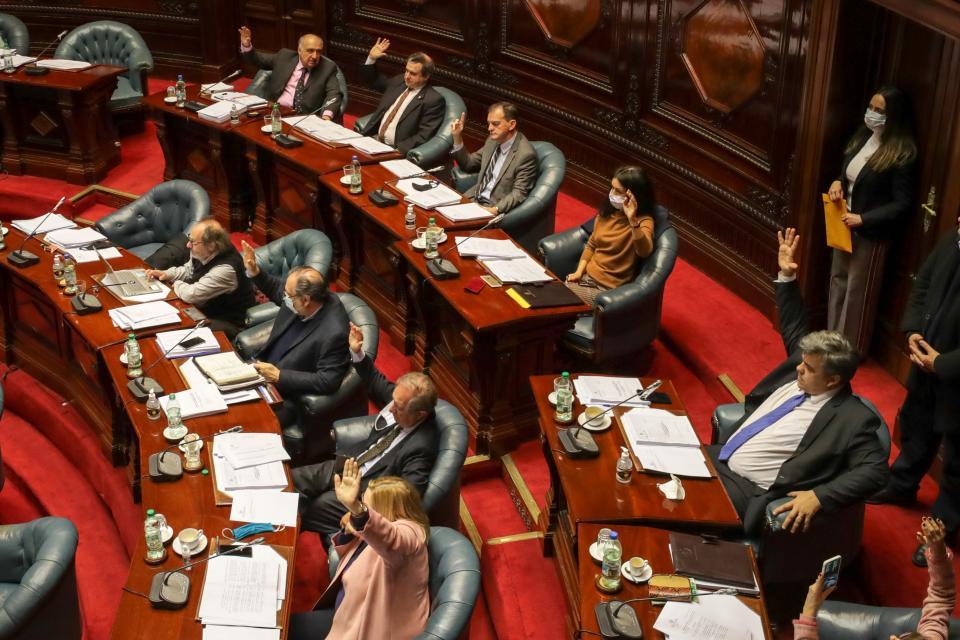 Uruguay aprobó una ley de corte punitivista