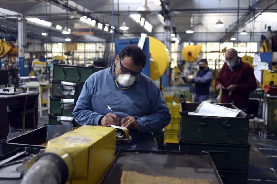 La industria y la construcción sufren por la pandemia