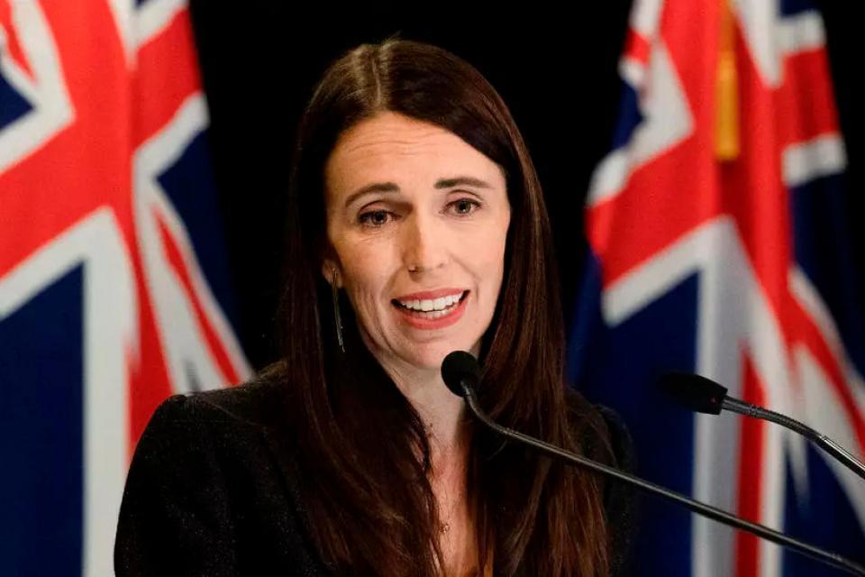 Coronavirus: Nueva Zelanda pasó de ejemplo mundial a echar a su Ministro de Salud
