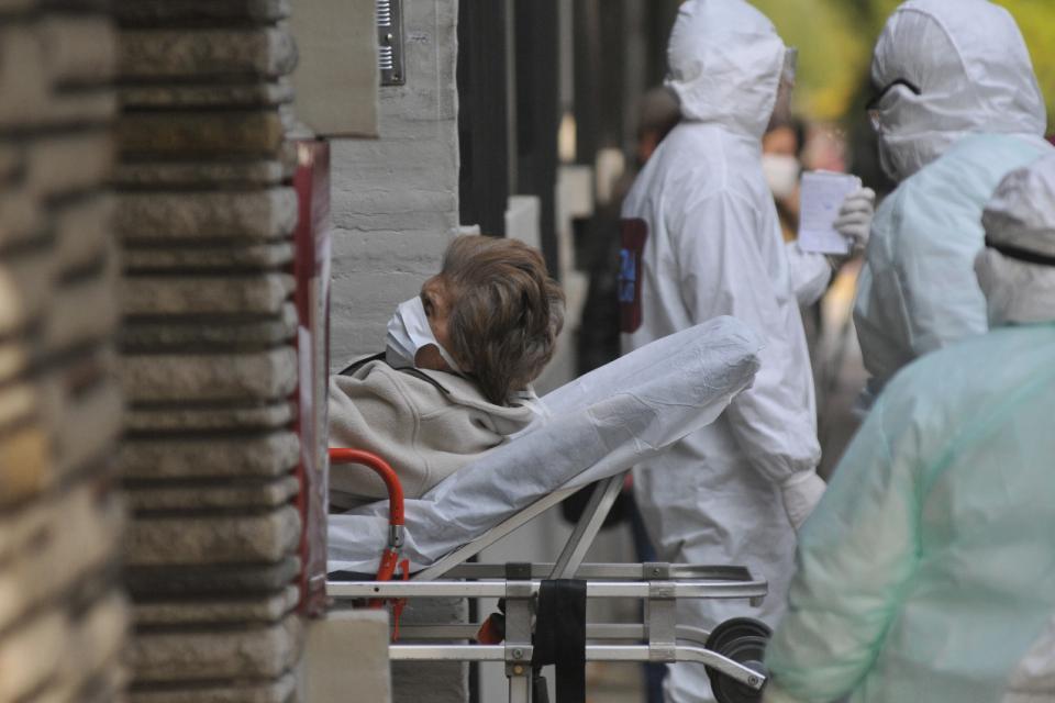 Coronavirus: traslado en un geriátrico de Palermo ante 12 posibles casos