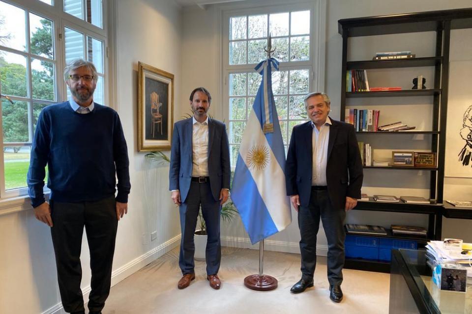Vacuna contra el coronavirus: Alberto Fernández se reunió con el gerente de Pfizer y con Fernando Polack