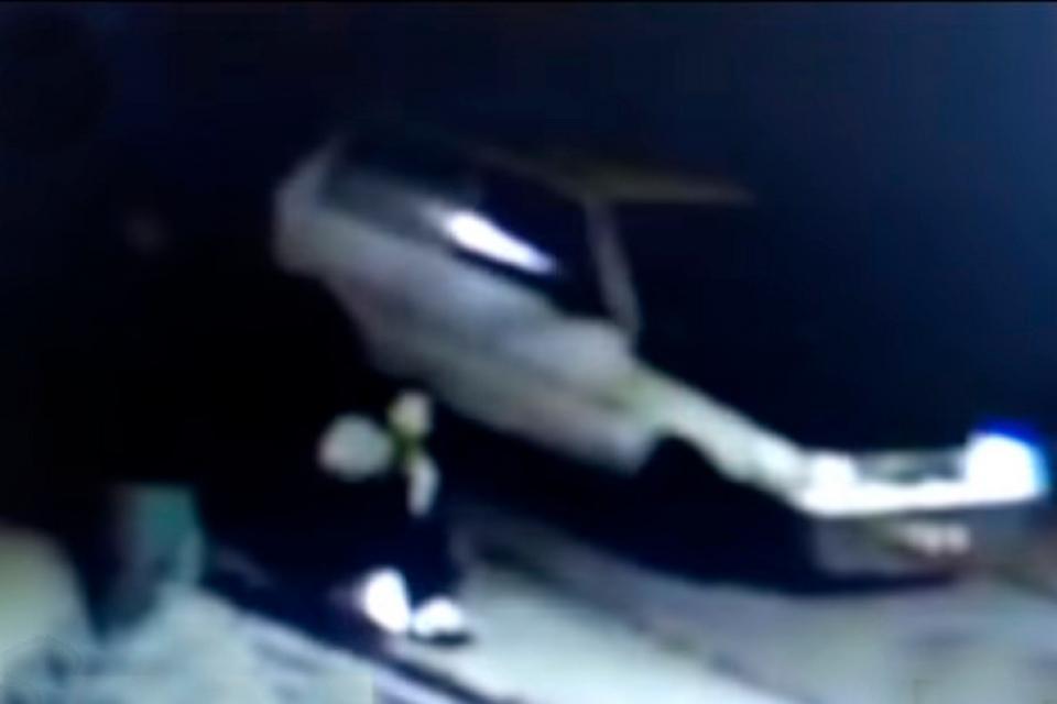 La imagen del vehículo que pasa en el momento del hecho.