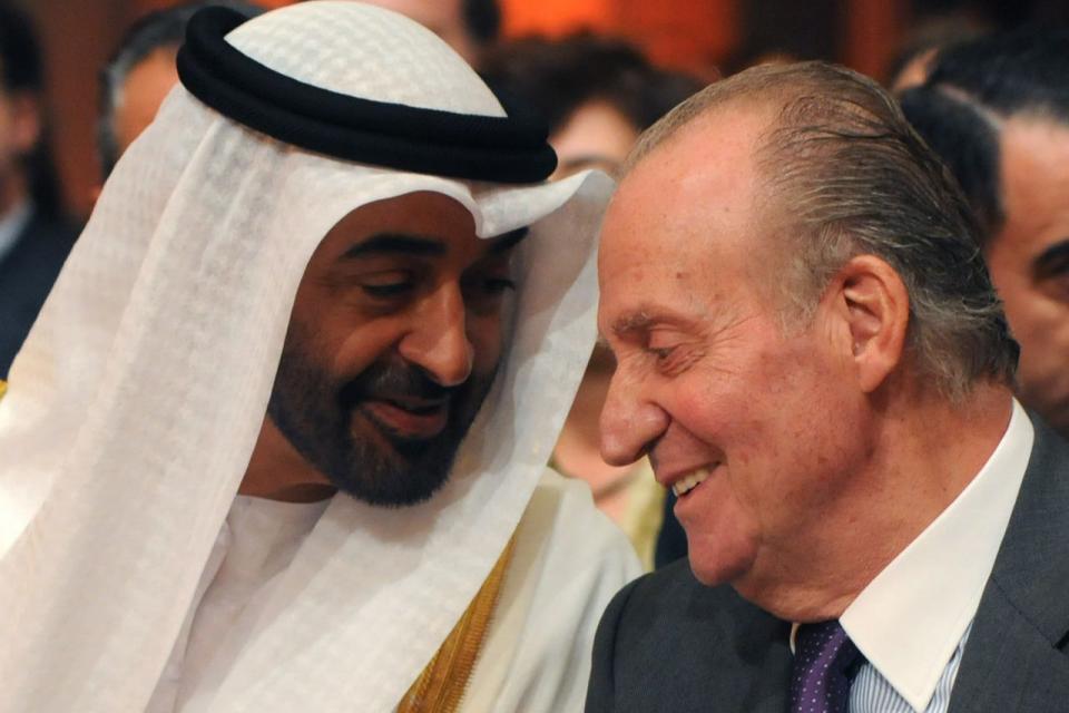 El exrey Juan Carlos abandonó España tras desatarse un éscandalo por supuestos actos de corrupción.