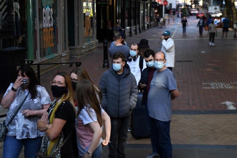 Coronavirus: Más de 28,7 millones de contagiados en el mundo y casi 921 mil muertos