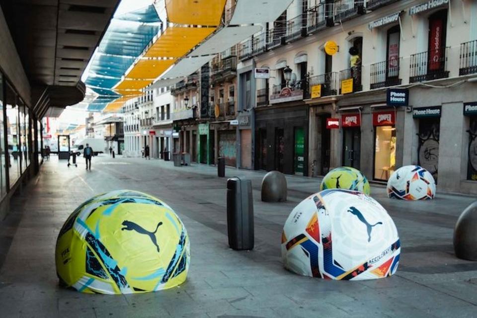 La campaña de Puma y LaLiga duró sólo unos días por las quejas de los peatones madrileños.