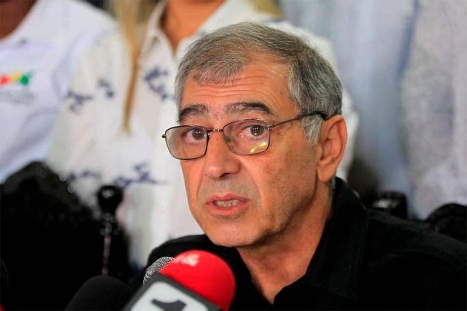 """""""Yo sé que siempre hay gente que critica lo que hago y sé que esto me lo van a criticar porque van a decir que es vulgar el mensaje"""", se adelantóel alcalde de Cartagena, William Dau Chamat."""