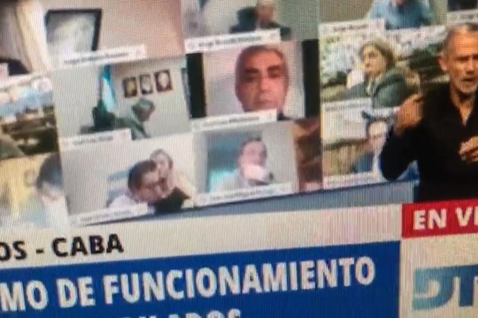 El diputado salteño Juan Armeri fue suspendido por protagonizar una escena de carácter sexual durante una sesión virtual.