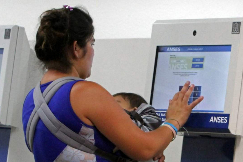 La fecha de pago de la Asignación Universal por Embarazo (AUE) varía según el número de terminación del DNI.