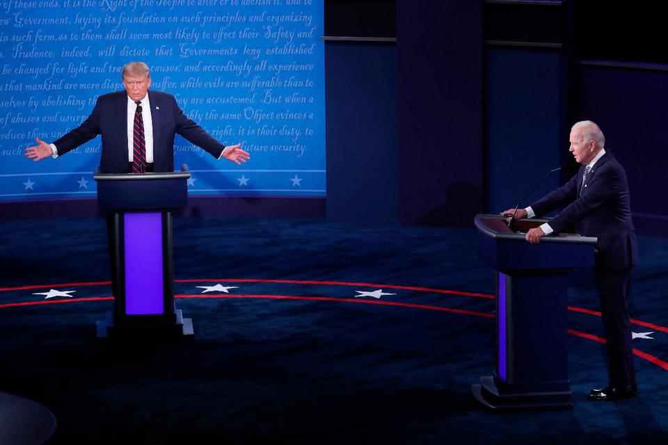 Los candidatos del Partido Republicano, Donald Trump, y del Partido Demócrata, Joe Biden, en el debate presidencial.