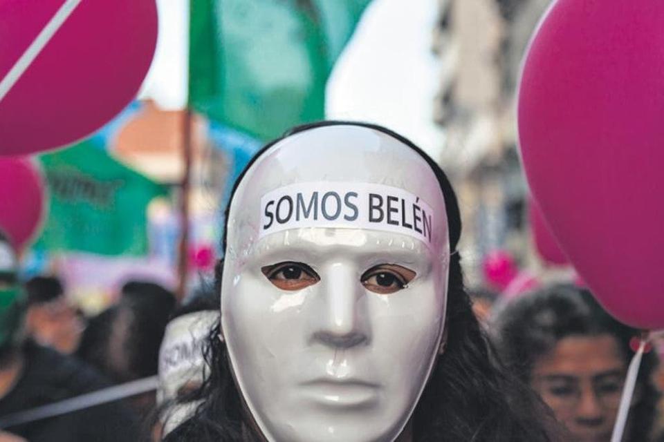 El caso de Belén, condenada y finalmente absuelta por la Corte tucumana, es emblemático.