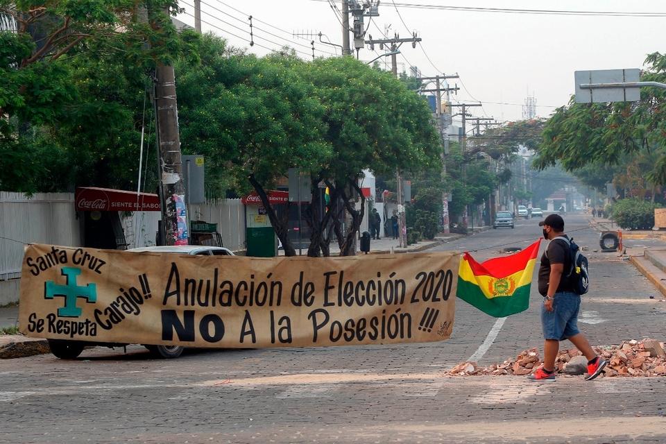 Bloqueos y protesta de la derecha en Santa Cruz de la Sierra