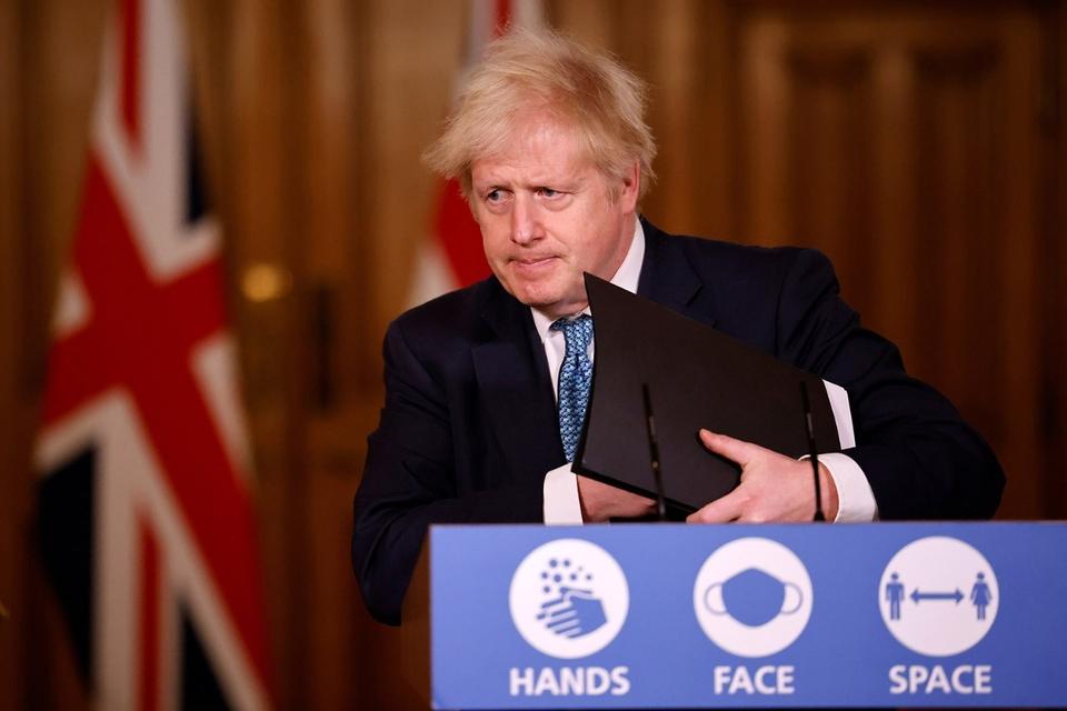 Gran Bretaña aislada por la nueva mutación del coronavirus