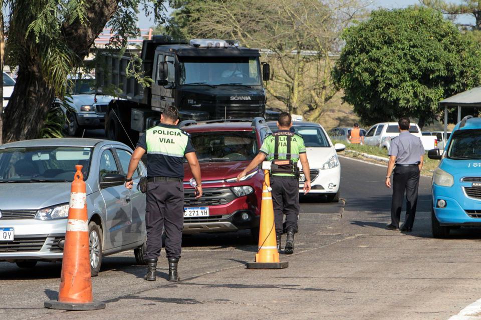 Los controles de tránsito se continúan realizando en rutas de todo el país.