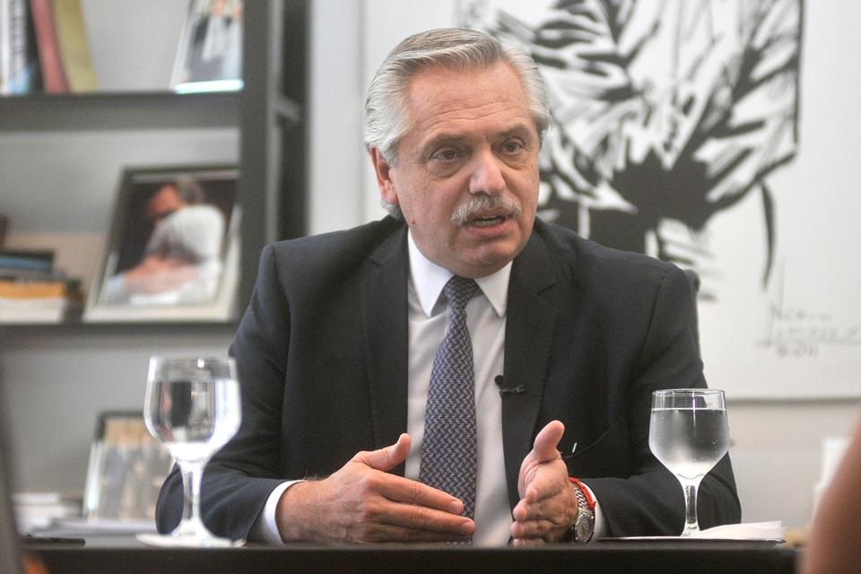 Alberto Fernández y un claro ejemplo de cómo se arman fakes news