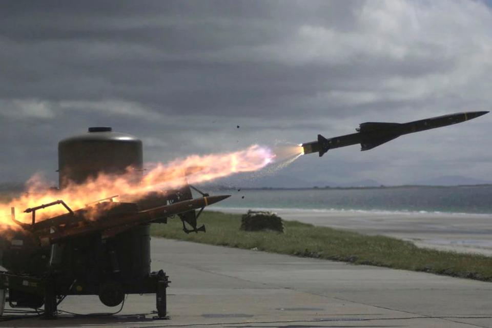 El Gobierno rechazó el lanzamiento de misiles del Reino Unido en las Islas Malvinas