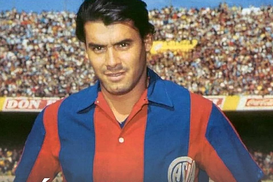 José Rafael Albrech, símbolo de la década del '70 del fútbol argentino (Fuente: Archivo El Gráfico)