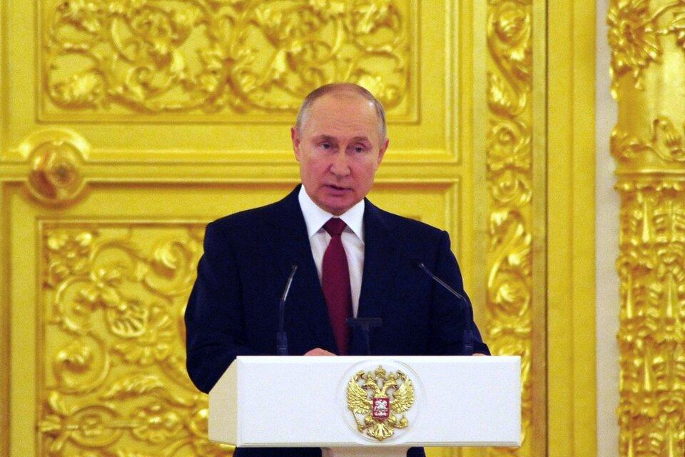 Vladimir Putin destacó la alianza entre Rusia y Argentina y anunció la regularización de los envíos de Sputnik V. (Fuente: AFP)