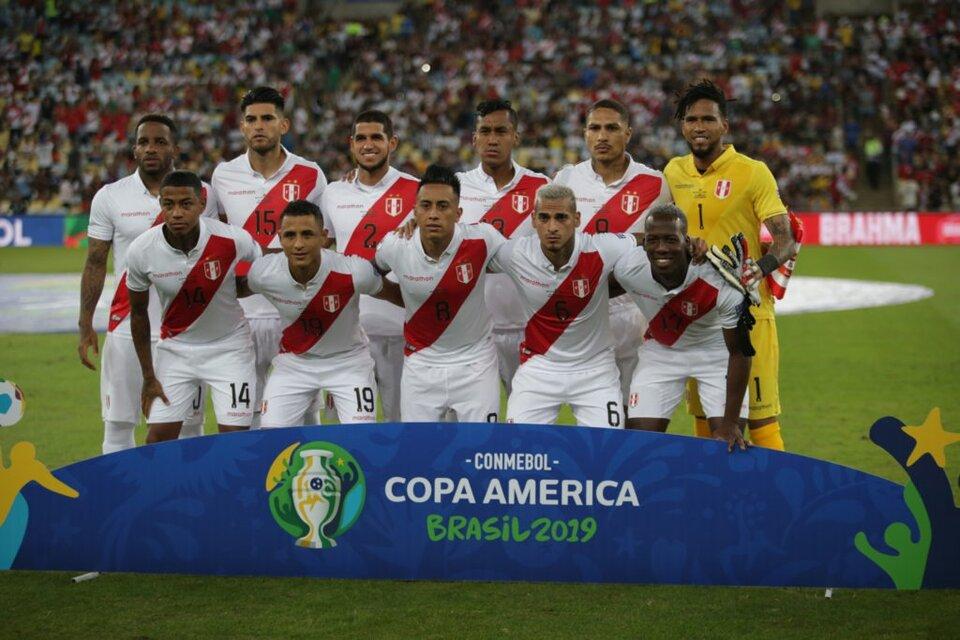 Varios jugadores de la Selección de Perú, en medio de la polémica. (Fuente: AFP)
