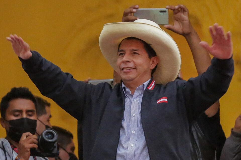 Pedro Castillo, tiunfador aun sin confirmación oficial. (Fuente: AFP)