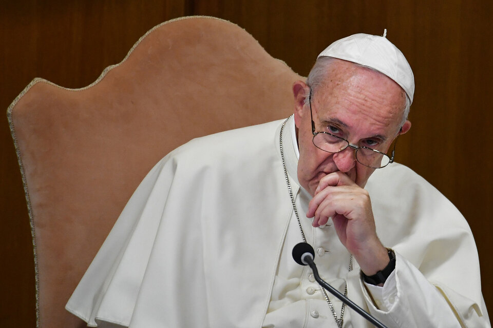 El papa Francisco tuvo «unas décimas de fiebre» pero sigue en buen estado