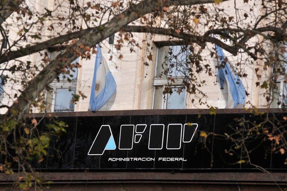 Las empresas que compraron dólares deberán devolver los ATP