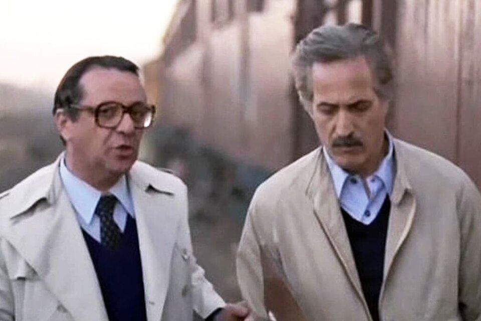 """Julio de Grazia y Federico Luppi en una escena de """"Tiempo de revancha""""."""