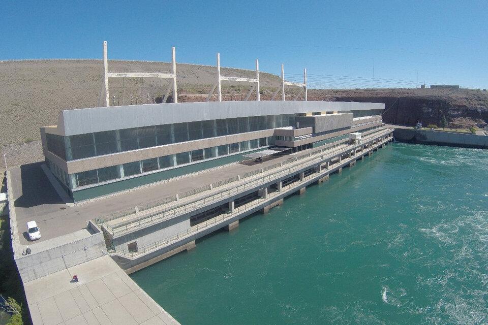 Las represas privatizadas representan un ingreso de 400 millones de dólares anuales.