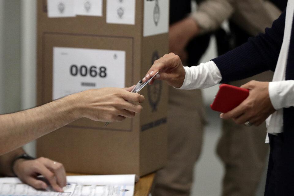 Hay varios documentos válidos para votar en las elecciones 2021. (Fuente: AFP)