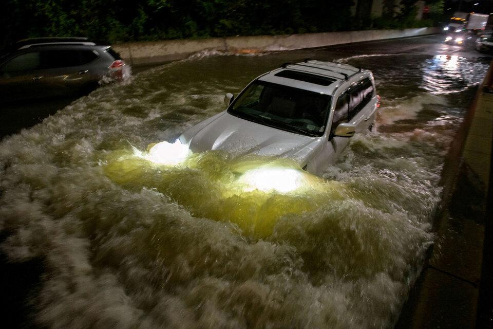 Huracán Ida: los impactantes videos de las inundaciones en Nueva York y Nueva Jersey