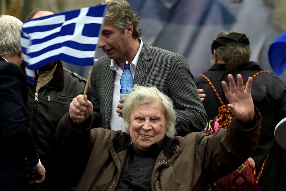 Tehodorakis fue un activo militante antifascista. (Fuente: AFP)