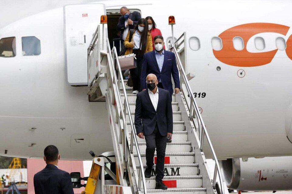 Jorge Rodríguez, jefe de la delegación del gobierno, llega a México para retomar el diálogo. (Fuente: Twitter)
