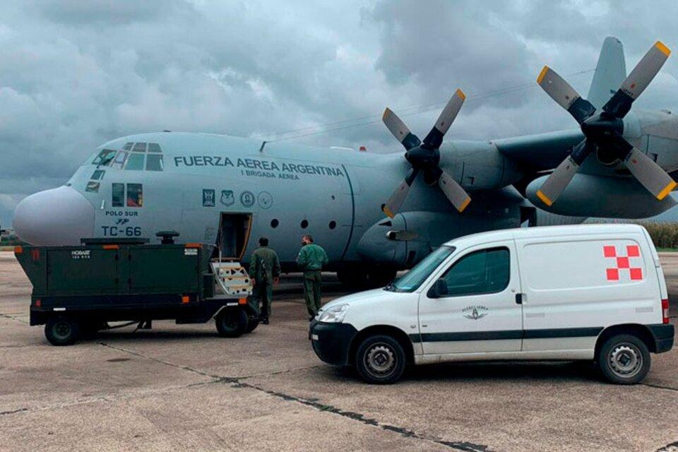 La llegada del Hércules de las Fuerzas Armadas: Cancillería demostró que no se enviaron vacunas sino algunos equipamentos médicos