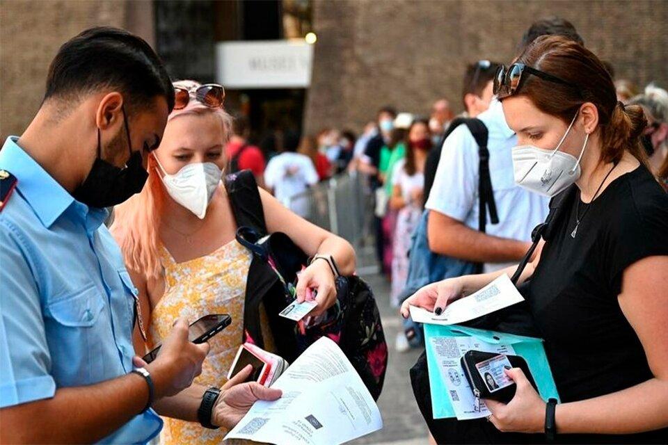 Italia: el pase sanitario será obligatorio para poder entrar a trabajar