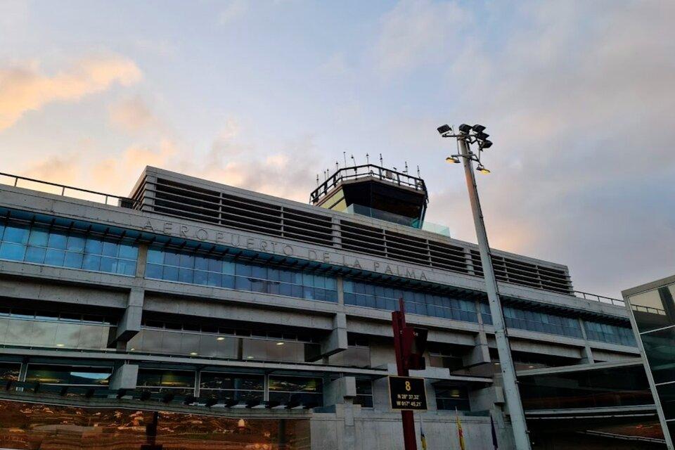 El aeropuerto de La Palma, reabierto pero sin actividad.