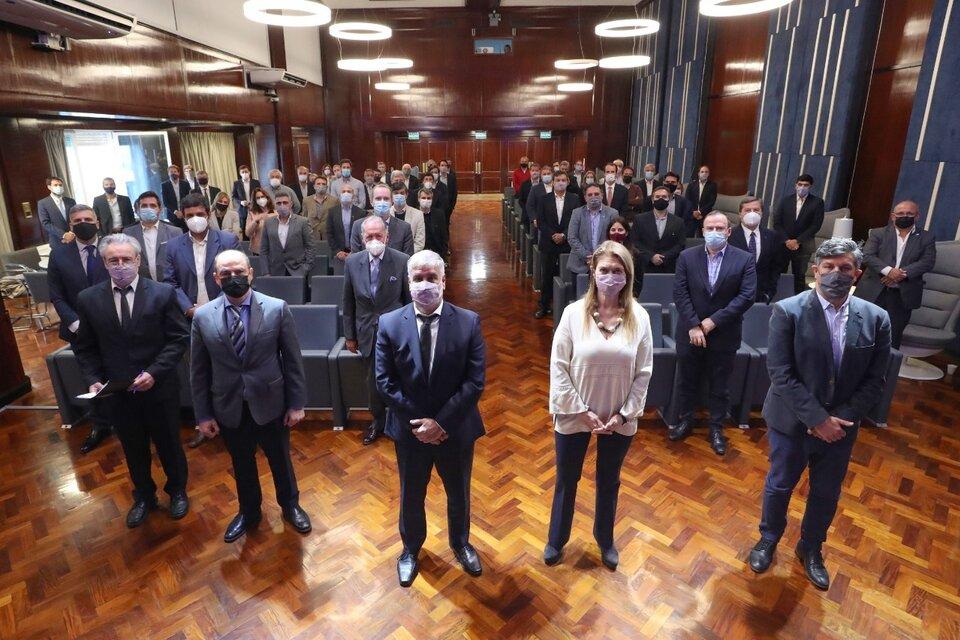 Feletti y Giorgi, con los empresarios en el auditorio de la secretaría (Fuente: Télam)
