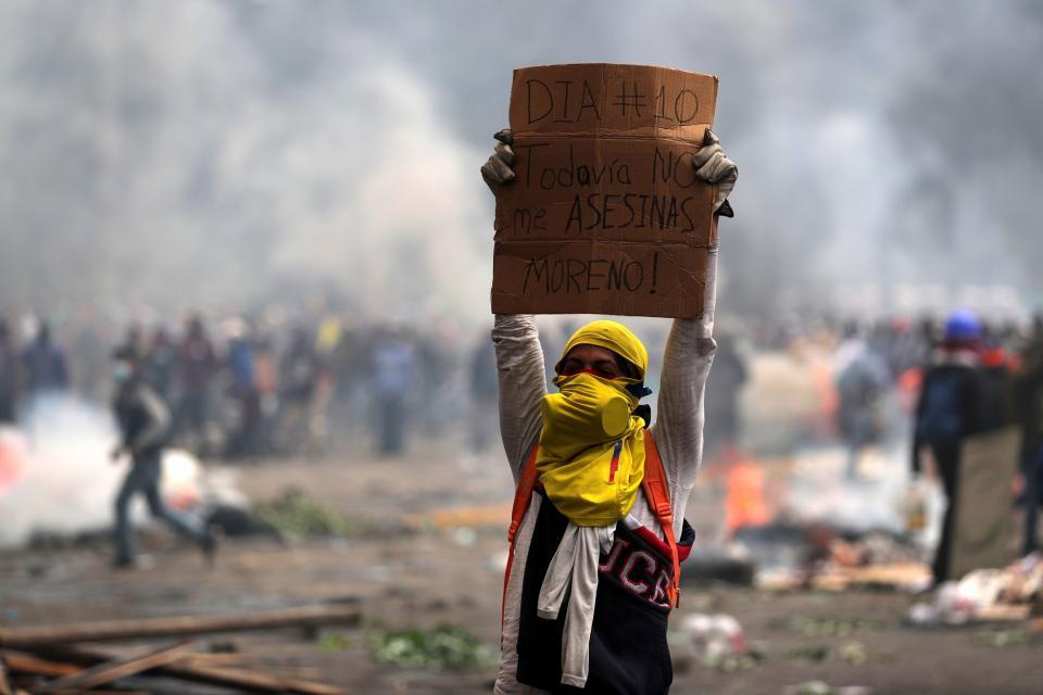 Quito se ha convertido en un campo de batalla por la intransigencia del gobierno.