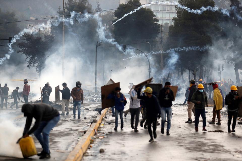 Según el último informe de la Defensoría del Pueblo ya se cuentan siete muertos, 1152 detenidos y 1340 heridos.