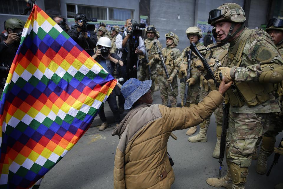 Resultado de imagen para Foto Golpe cívico militar en Bolivia