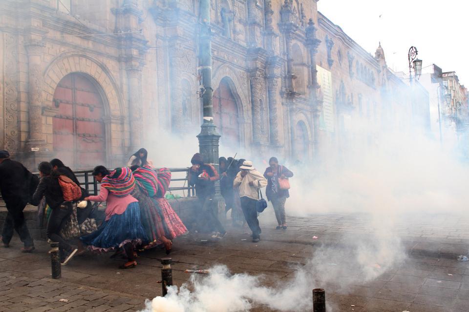 Après le coup d'État en Bolivie, la population s'est mobilisée pour faire l'objet de répression.  Photo: Pablo Añeli