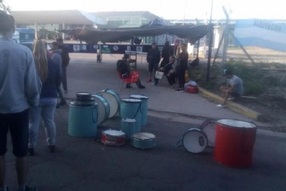 El conflicto comenzó hace un año, según denuncian los trabajadores.