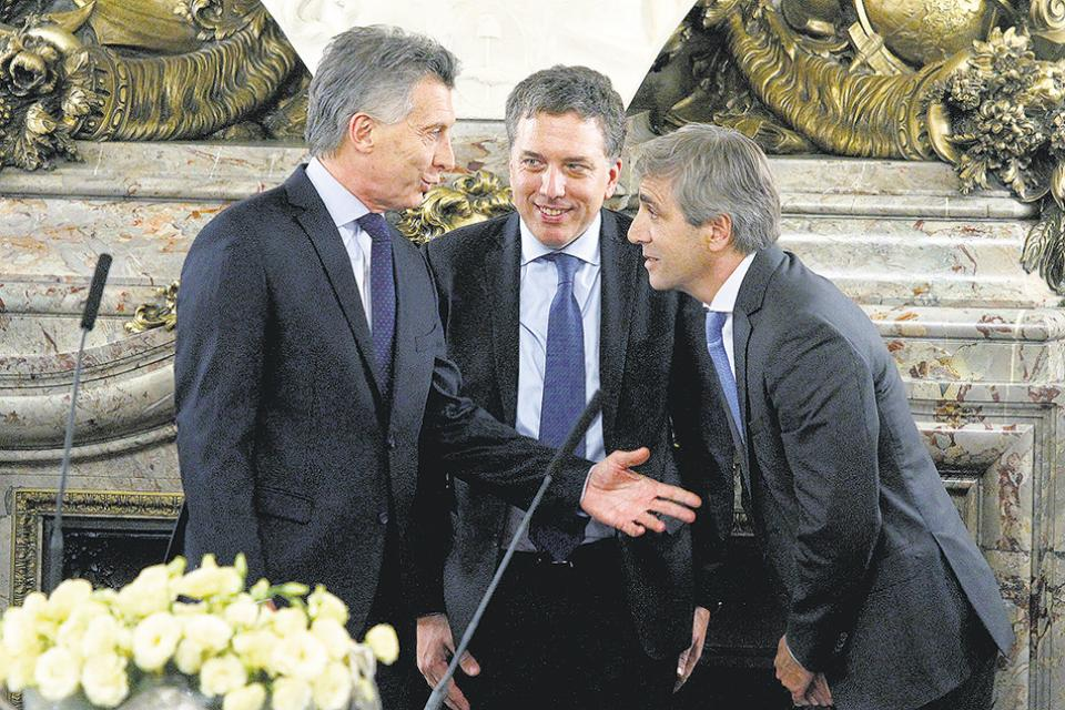 ⚡Título de Página 12: Dos meses de Alberto, un alivio hasta para los macristas, empezando por el FMI