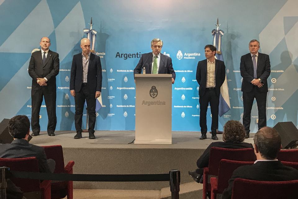 Alberto Fernández en el anuncio del aislamiento.