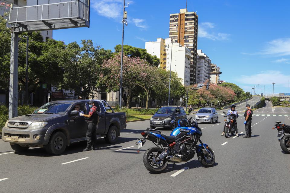 Por incumplir el aislamiento hay más de tres mil detenidos y demorados en la Ciudad de Buenos Aires