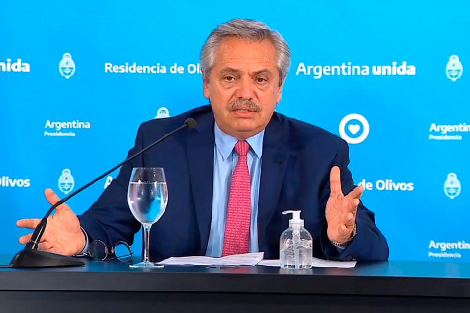 """""""Tengo los mejores argentinos acompañándome. Nada de esto se podría a hacer si no tuviéramos los argentinos que tenemos"""", dijo el Presidente."""